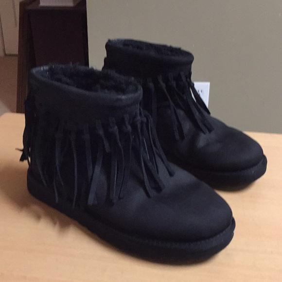 c23e12f33db UGG WYNONA FRINGE Black ankle boot Fringe sz 8